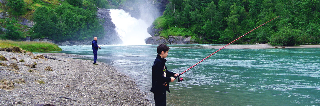 Adventure-Tours-Fishing-Norway-Bolifossen
